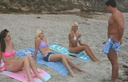 maillots string girls on beach and man 10