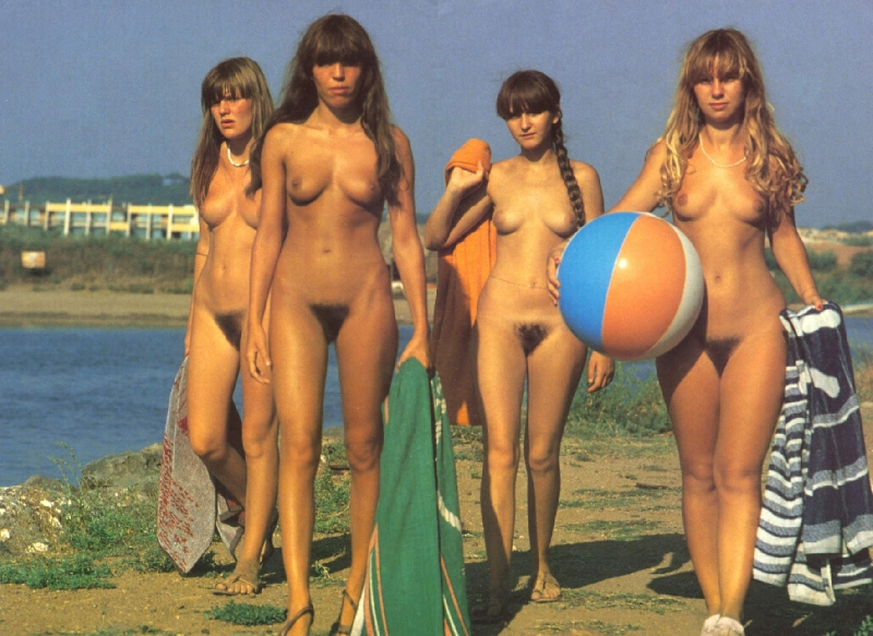 Nude Nudism women 44 | Nudism Life home photos pictures of nude nudist and ...