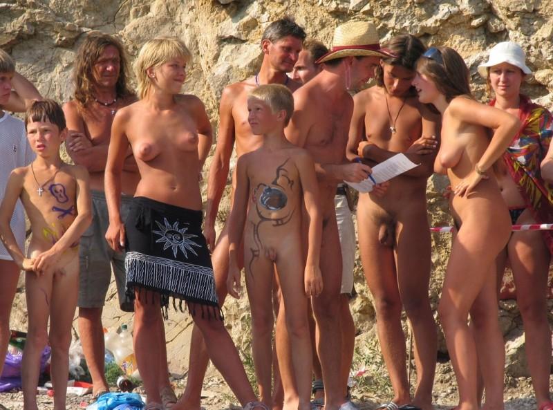 Nudisten Contest