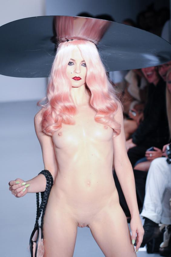 charlie le mindu nude video