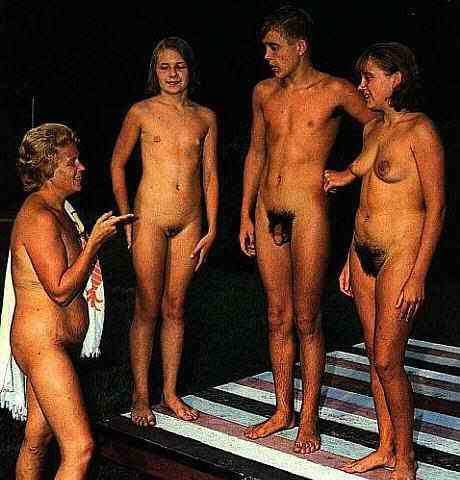 Real nudist families