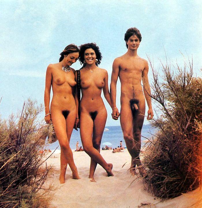 nude nudist nudism naturist 074