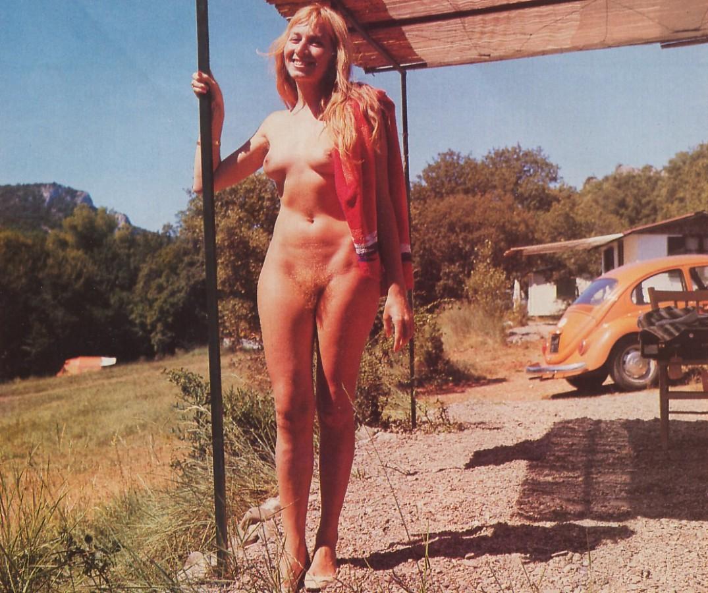 https://www.nudismlife.com/galleries/nudists_and_nude/the_most_natural_nudists/the_most_natural_nudists_0038.jpg