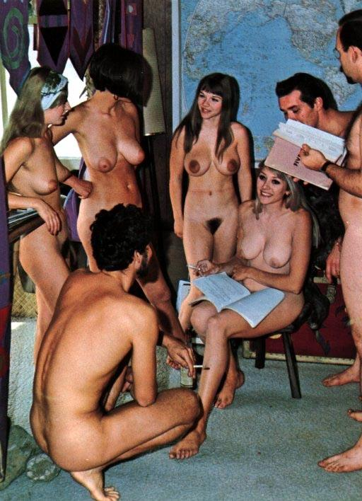 https://www.nudismlife.com/galleries/nudists_and_nude/the_most_natural_nudists/the_most_natural_nudists_0048.jpg