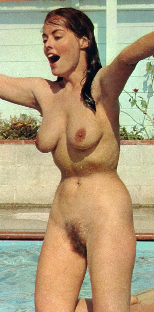 https://www.nudismlife.com/galleries/nudists_and_nude/the_most_natural_nudists/the_most_natural_nudists_0051.jpg