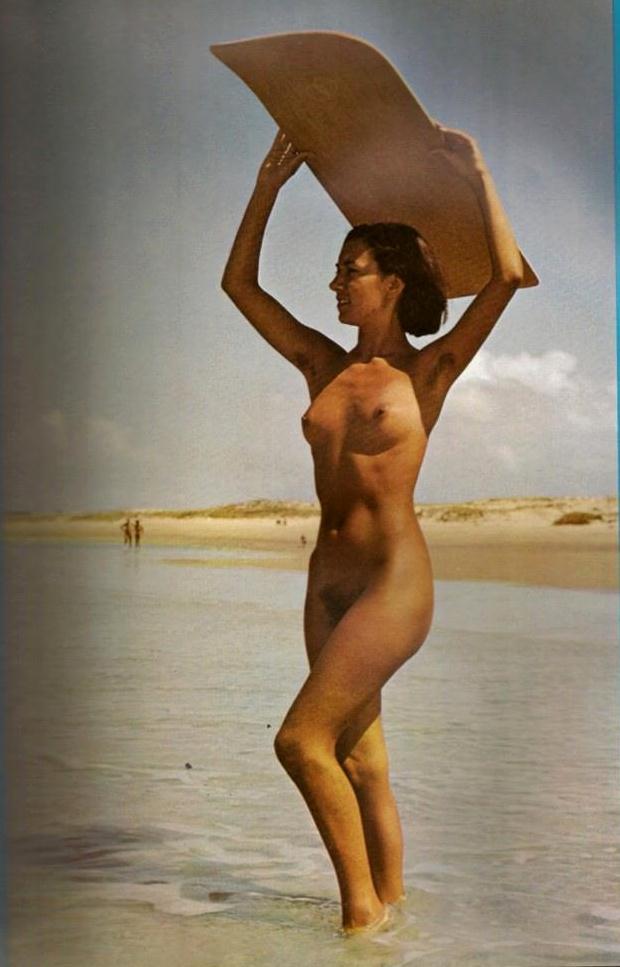 https://www.nudismlife.com/galleries/nudists_and_nude/the_most_natural_nudists/the_most_natural_nudists_0061.jpg
