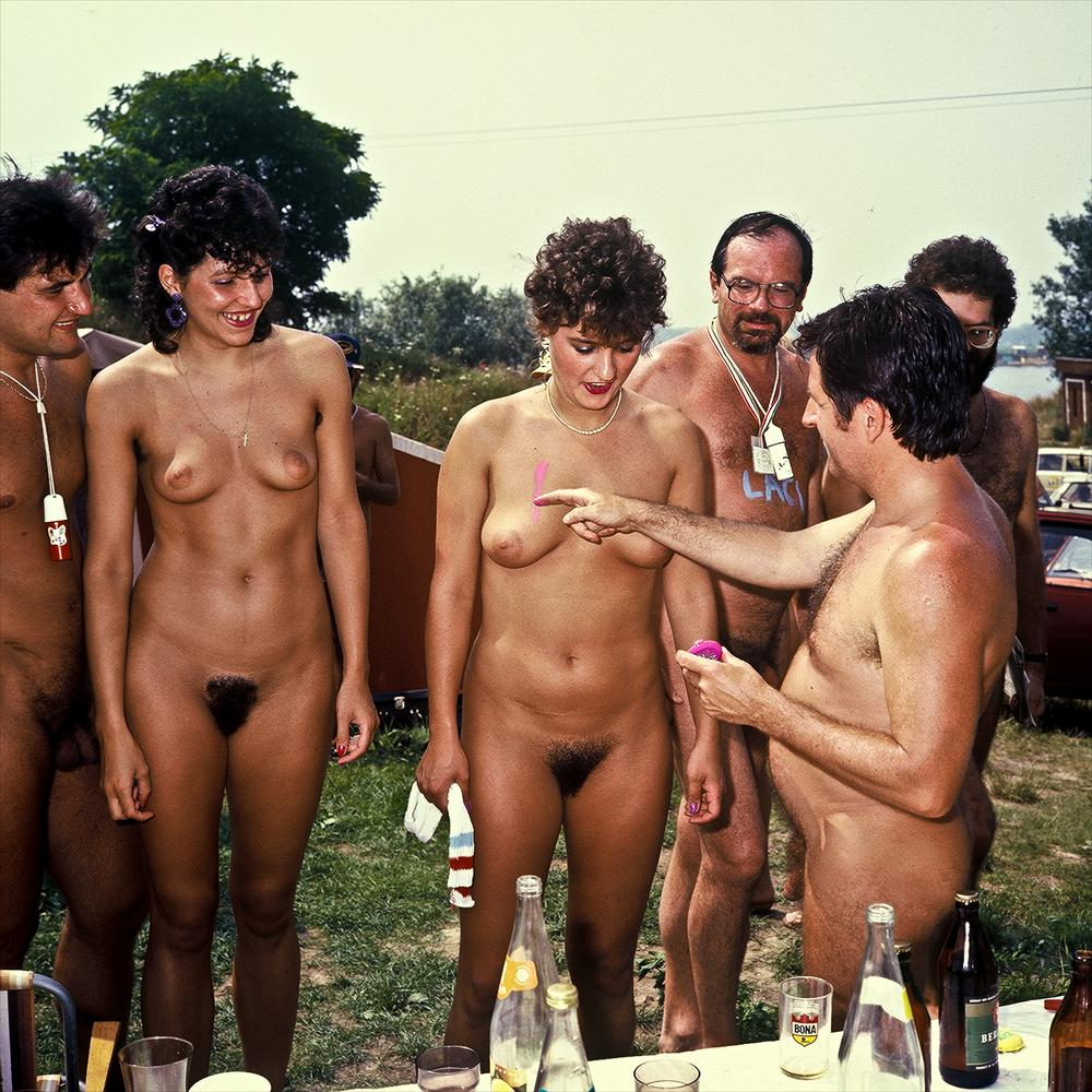 https://www.nudismlife.com/galleries/nudists_and_nude/the_most_natural_nudists/the_most_natural_nudists_0072.jpg