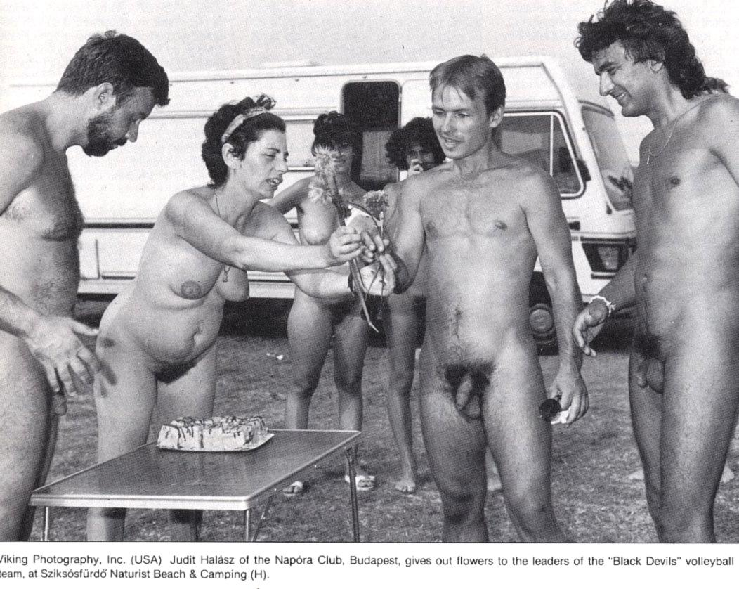 https://www.nudismlife.com/galleries/nudists_and_nude/the_most_natural_nudists/the_most_natural_nudists_0098.jpg