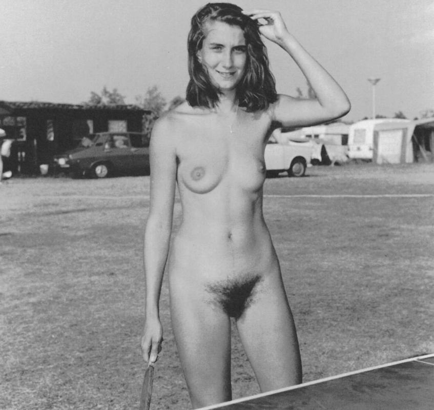 https://www.nudismlife.com/galleries/nudists_and_nude/the_most_natural_nudists/the_most_natural_nudists_0112.jpg