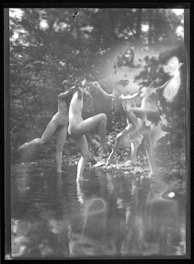 https://www.nudismlife.com/galleries/nudists_and_nude/the_most_natural_nudists/the_most_natural_nudists_0135.jpg