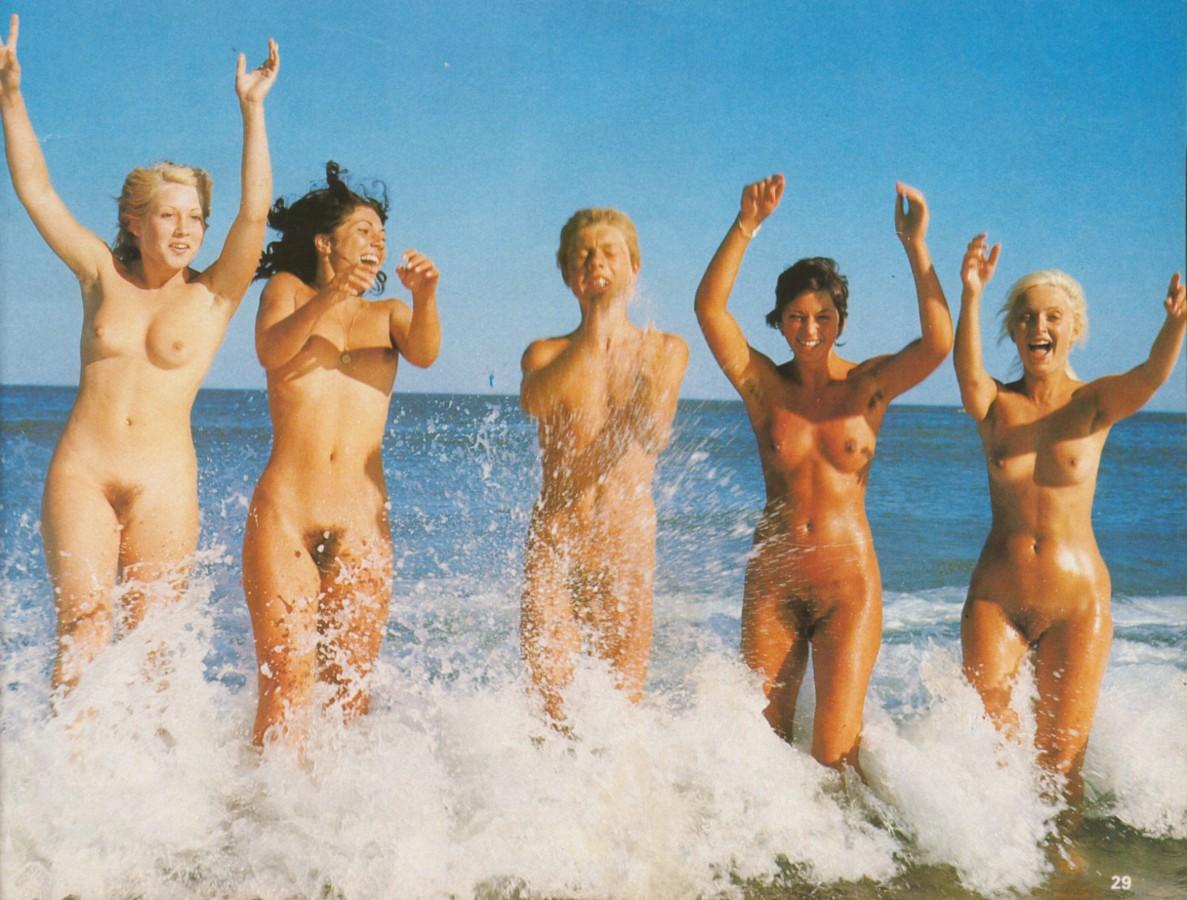 https://www.nudismlife.com/galleries/nudists_and_nude/the_most_natural_nudists/the_most_natural_nudists_0143.jpg