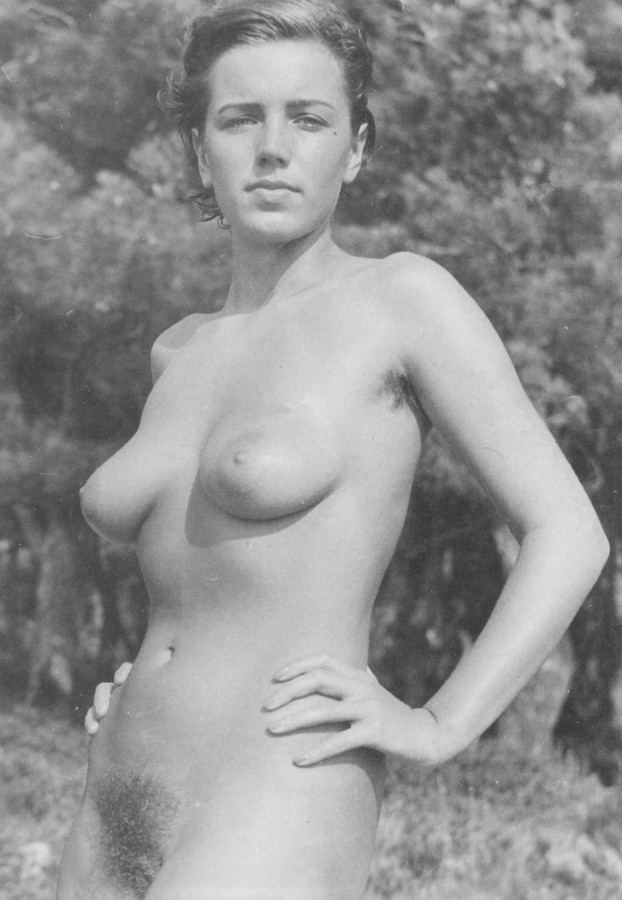 https://www.nudismlife.com/galleries/nudists_and_nude/the_most_natural_nudists/the_most_natural_nudists_0172.jpg
