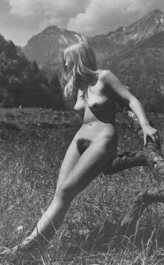 https://www.nudismlife.com/galleries/nudists_and_nude/the_most_natural_nudists/the_most_natural_nudists_0227.jpg