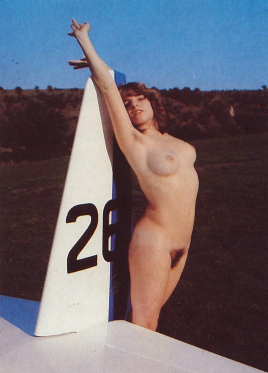 https://www.nudismlife.com/galleries/nudists_and_nude/the_most_natural_nudists/the_most_natural_nudists_0261.jpg
