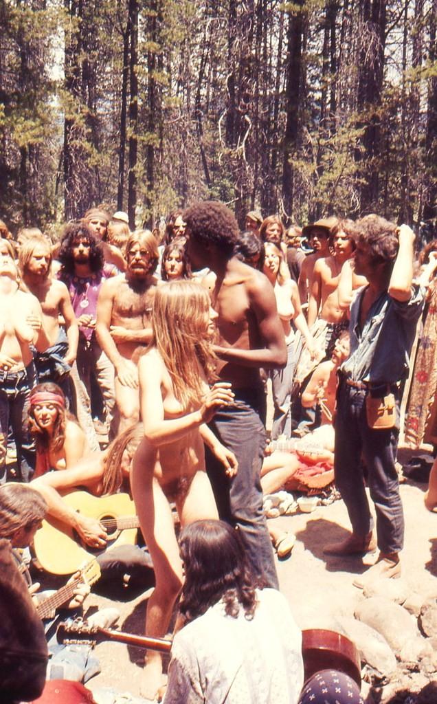 https://www.nudismlife.com/galleries/nudists_and_nude/the_most_natural_nudists/the_most_natural_nudists_0278.jpg