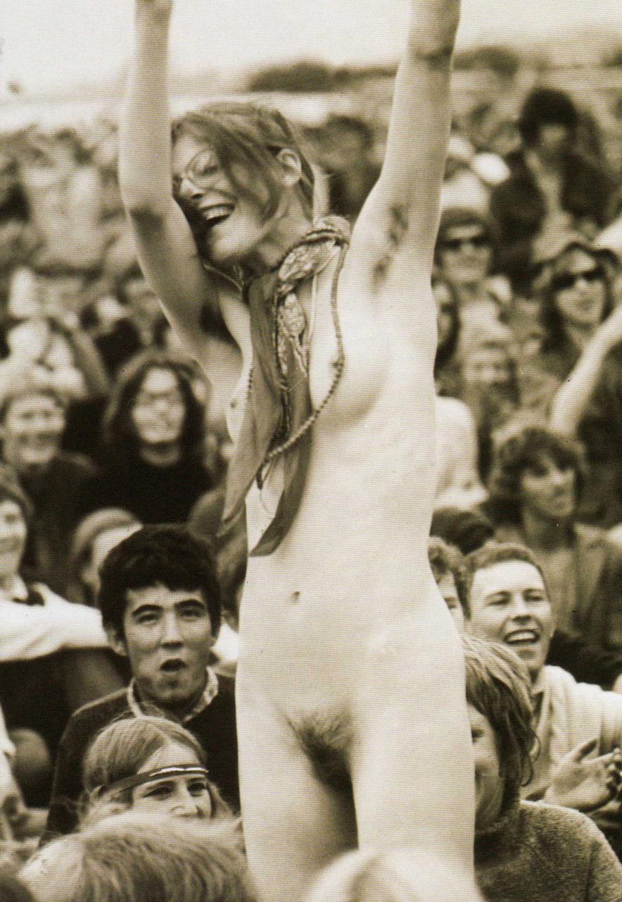 https://www.nudismlife.com/galleries/nudists_and_nude/the_most_natural_nudists/the_most_natural_nudists_0279.jpg