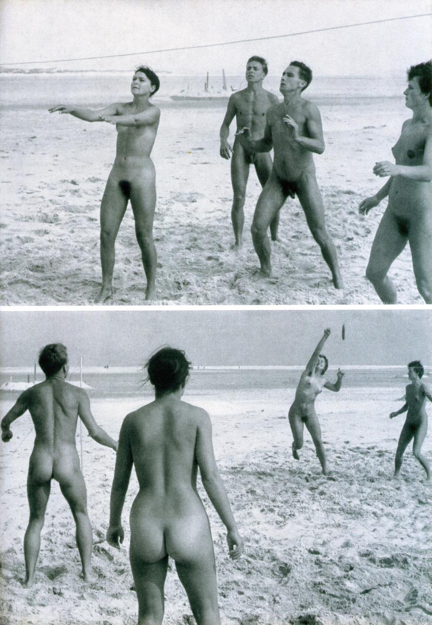 https://www.nudismlife.com/galleries/nudists_and_nude/the_most_natural_nudists/the_most_natural_nudists_0351.jpg