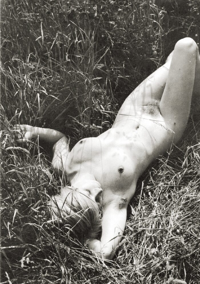 https://www.nudismlife.com/galleries/nudists_and_nude/the_most_natural_nudists/the_most_natural_nudists_0387.jpg
