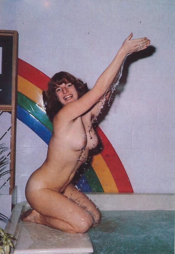 https://www.nudismlife.com/galleries/nudists_and_nude/the_most_natural_nudists/the_most_natural_nudists_0448.jpg