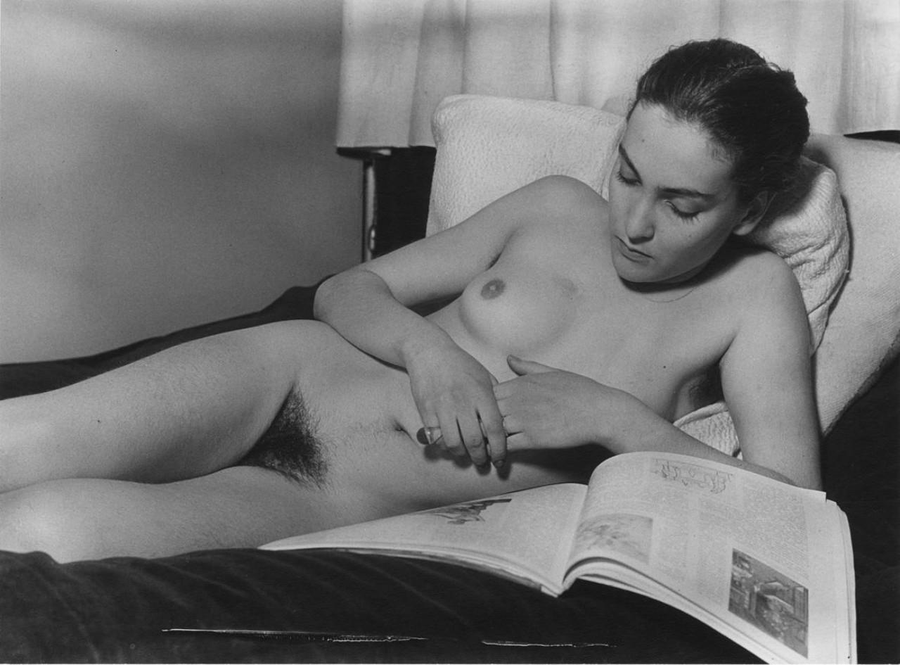 https://www.nudismlife.com/galleries/nudists_and_nude/the_most_natural_nudists/the_most_natural_nudists_0457.jpg