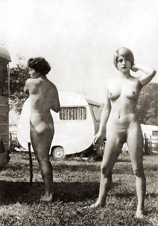 https://www.nudismlife.com/galleries/nudists_and_nude/the_most_natural_nudists/the_most_natural_nudists_0489.jpg