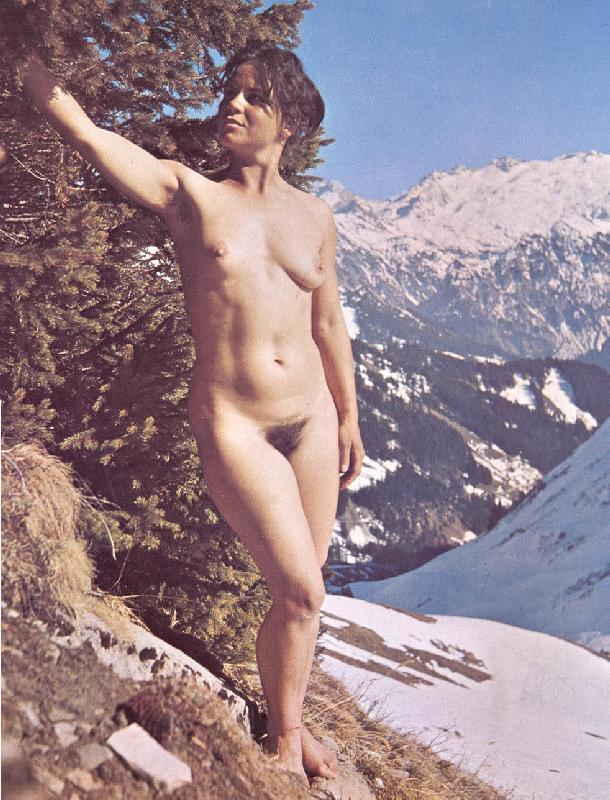 https://www.nudismlife.com/galleries/nudists_and_nude/the_most_natural_nudists/the_most_natural_nudists_0490.jpg